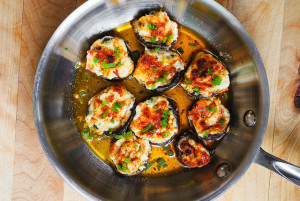 bacon-and-cheese-stuffed-mushrooms