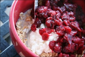 spiced-cranberry-compote-oatmeal